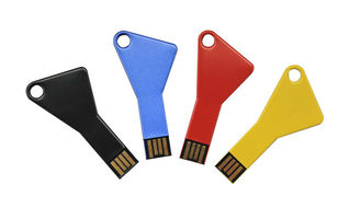 China Keychain Usb Thumb Drive USB 2.0 USB 3.0 USB 3.1 With Laser Engrave Logo factory